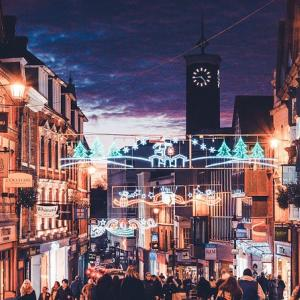 Shrewsbury has festive late-night shopping wrapped up